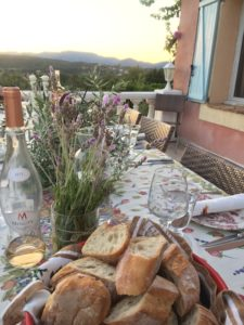 Dinner rosé Provence Saint Tropez holiday rental villa