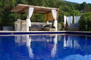 Saint Tropez holiday rental villa pool piscine