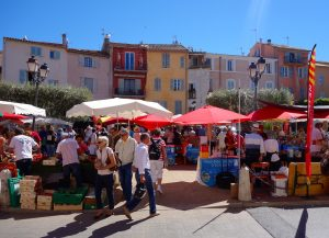 St Tropez market Yoga retreat St Tropez